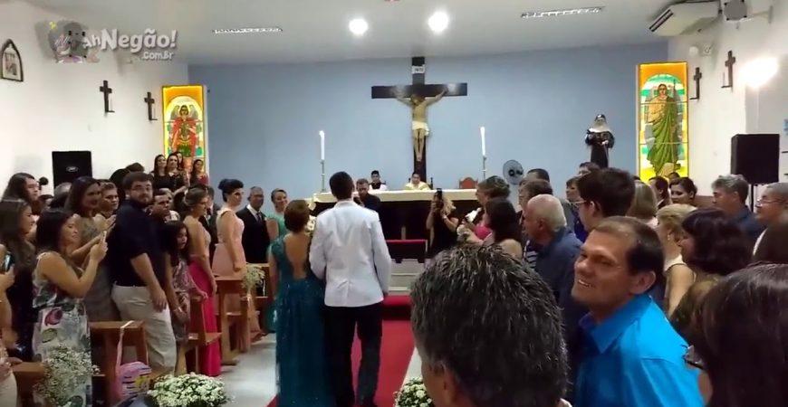 Жених пришел на свадьбу под музыку из Dota 2